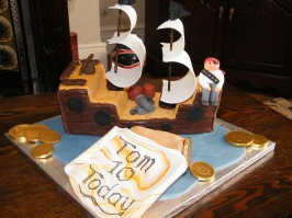 Pirate ship 10th birthday cake