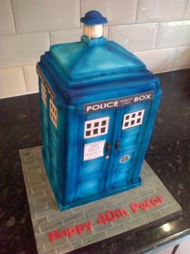 Doctor Who Tardis theme 40th birthday cake